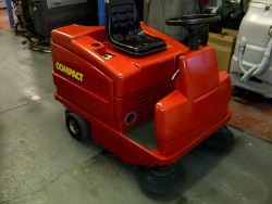 COMPACT 1150E SWEEPER, Used/Refurbished Machines